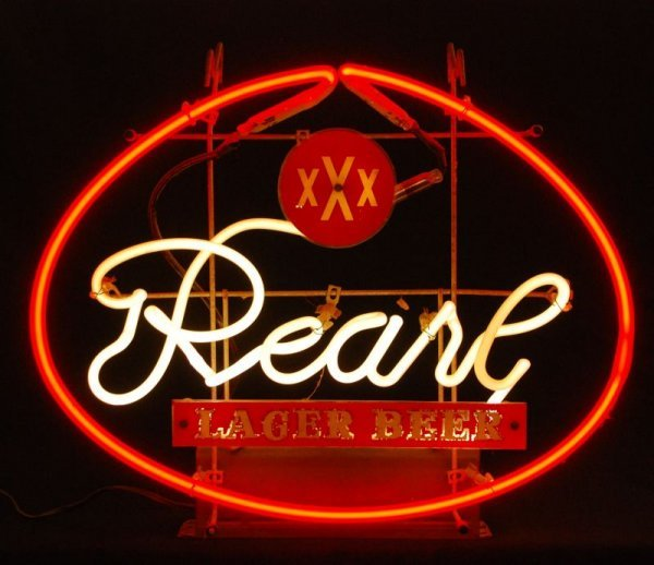 303: Pearl Beer Neon Sign