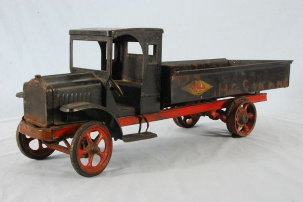 6: Kelmet Big Boy Pressed Steel Toy Dump Truck