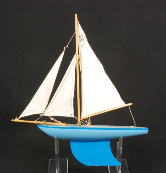 280: Star Yacht Toy Sail Boat