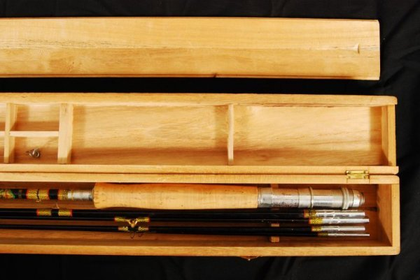 432: Vintage Dragon Brand Fishing Rod in Box - 4