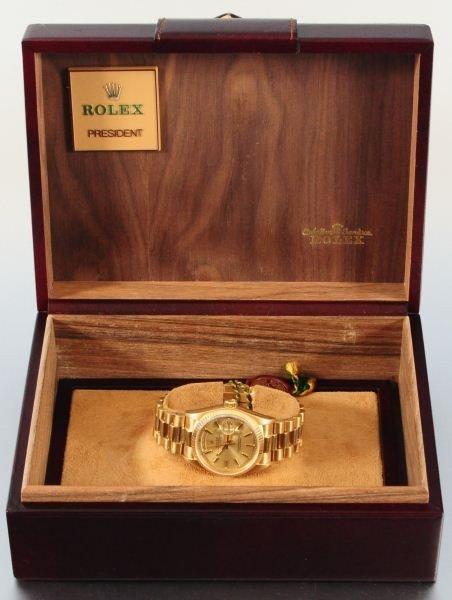 Men's 18k Yellow Gold Rolex Oyster Watch