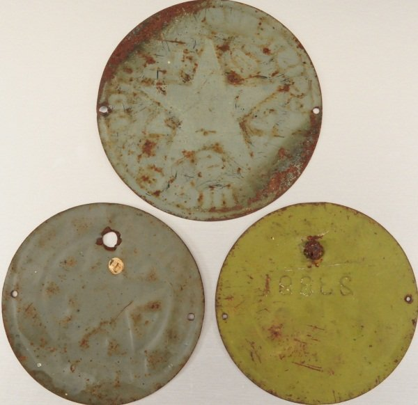 3 Texas License Plates 1917, 1918, & 1919 Radiator - 2