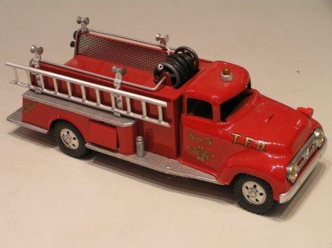 32: Tonka Pressed Steel Fire Truck fully Restored