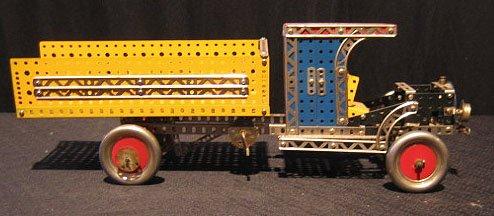 18: Erector Set 1930's Style Mac Dump Truck