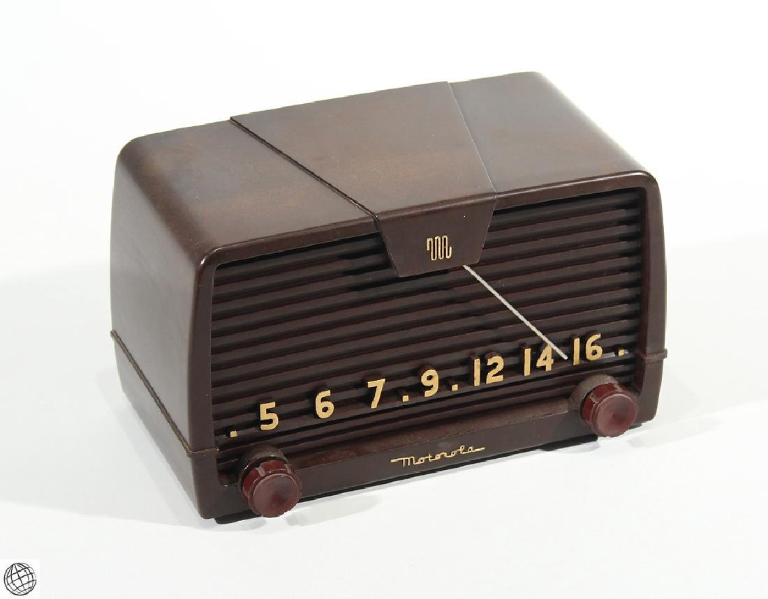 Vintage 1950s BAKELITE MOTOROLA AM TUBE RADIO Model 59H