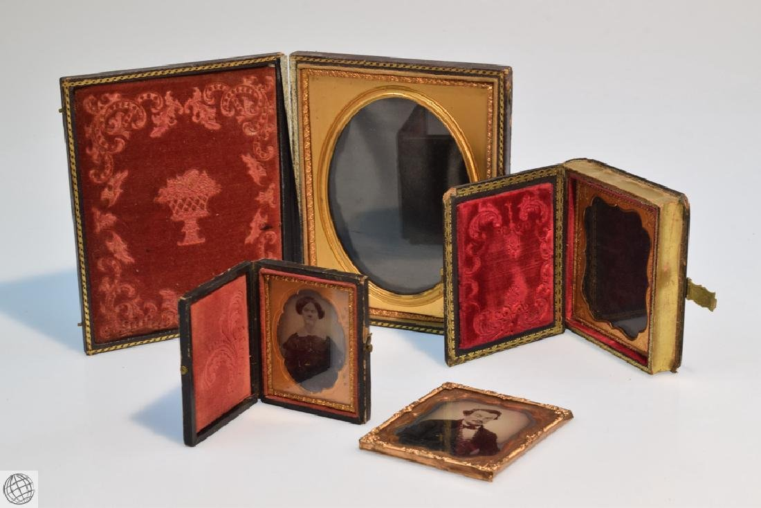 4Pcs Antique TINTYPE PHOTOGRAPHS AND TINTYPE CASES