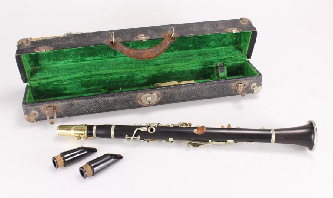 Vintage E-FLAT CLARINET FERNAND CHAPELAIN MADE IN