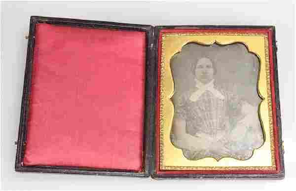 Decorative Cased ANTIQUE PORTRAIT DAGUERREOTYPE c1850
