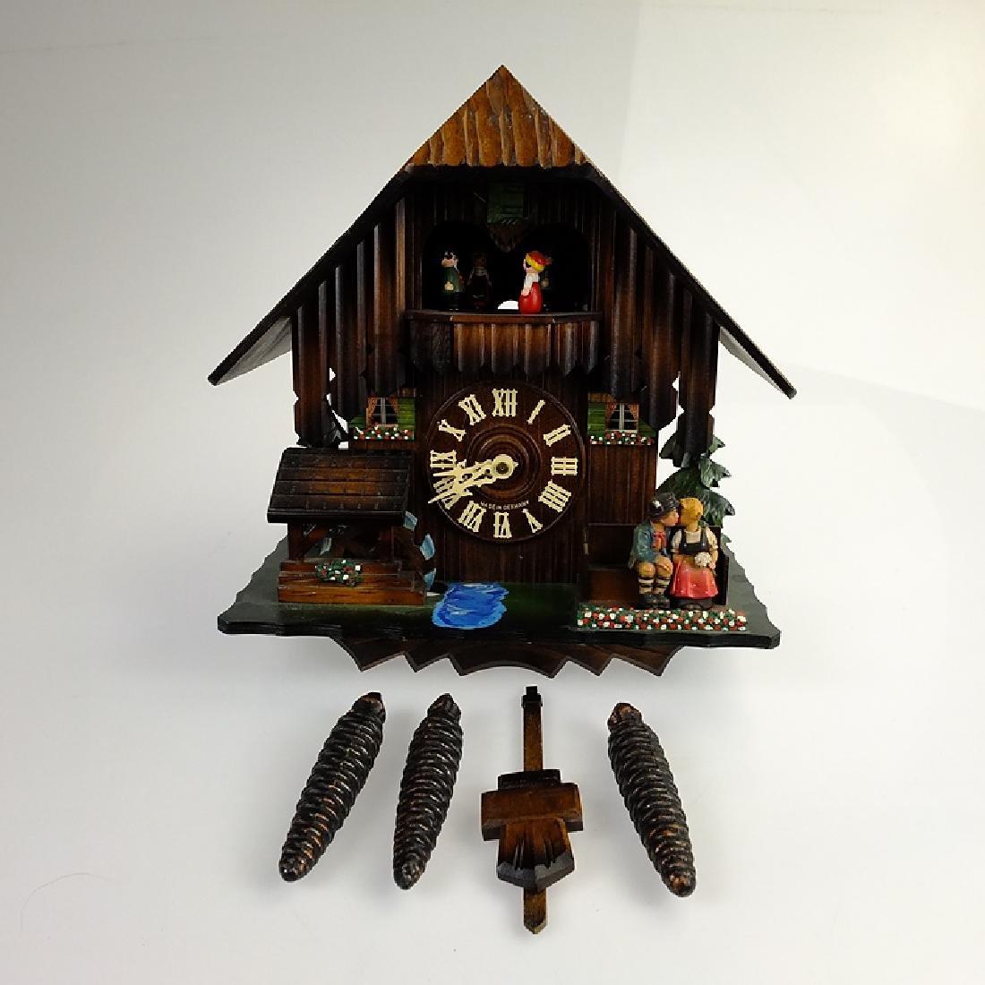 Black Forest Clock VINTAGE CUCKOO CLOCK EXCELLENT - 2