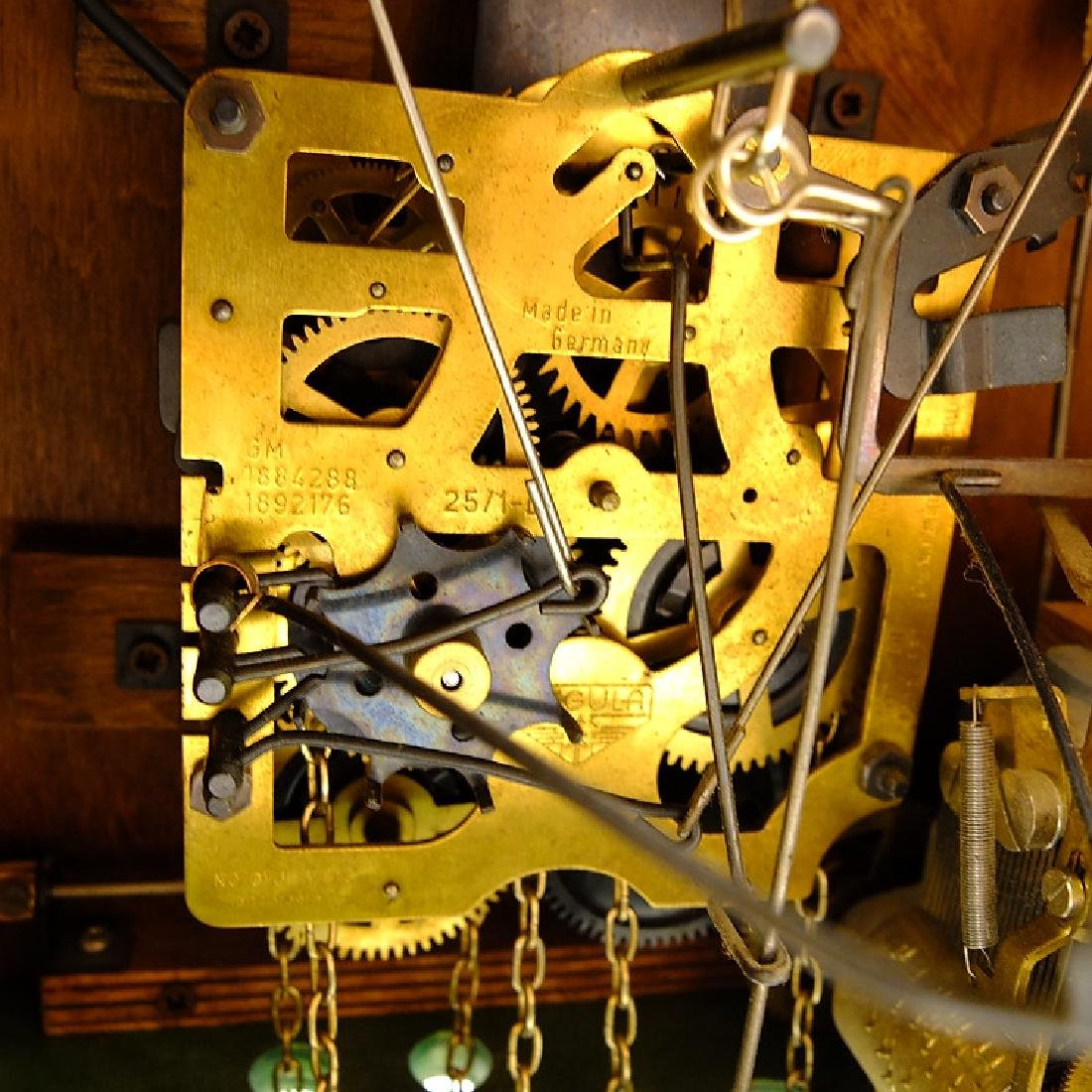 Black Forest Clock VINTAGE CUCKOO CLOCK EXCELLENT - 4
