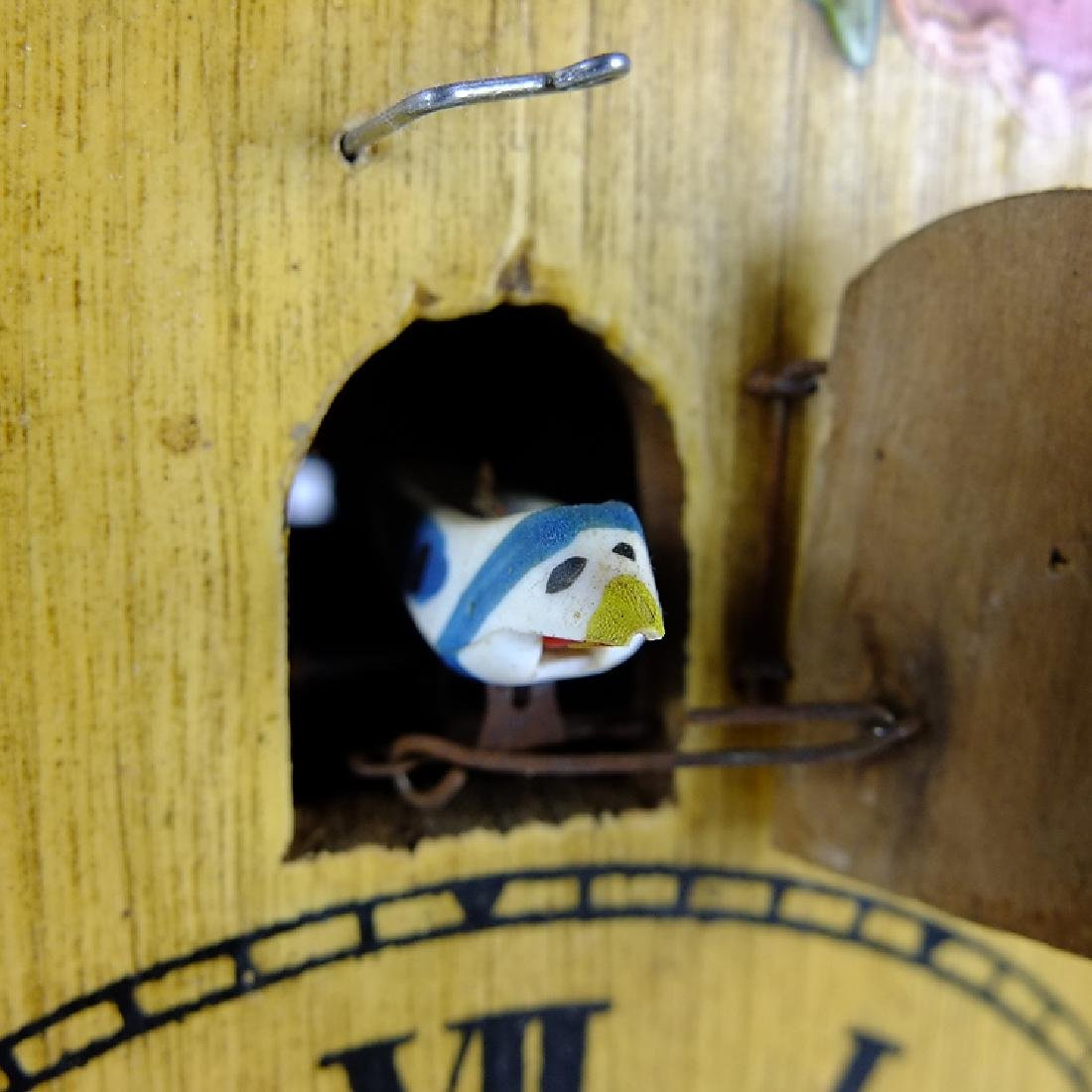 Vintage Shield Clock CUCKOO CLOCK BLACK FOREST GERMANY - 9