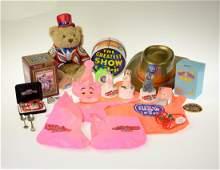19Pcs Collectibles & Toys CIRCUS MEMORABILIA &