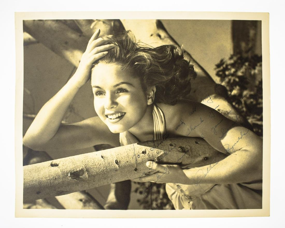 Signed Hollywood AUTOGRAPHED PHOTOS LOOSE AUTOGRAPHS & - 2