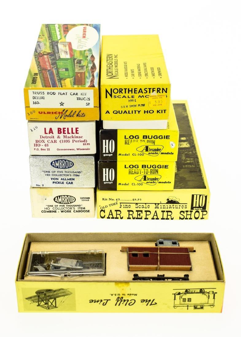 9Pcs Collectible Model Railroad HO GAUGE SCALE MODEL