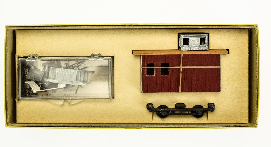 9Pcs Collectible Model Railroad HO GAUGE SCALE MODEL - 2