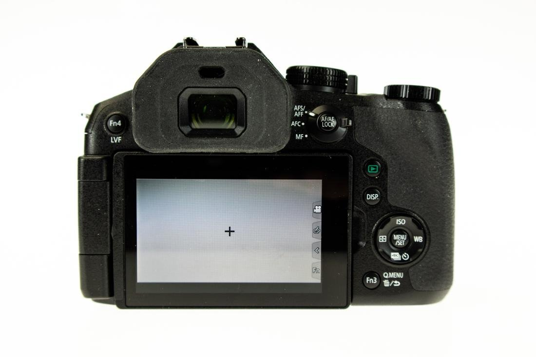 24x Leica Lens PANASONIC LUMIX DMC-FZ300 DIGITAL CAMERA - 9