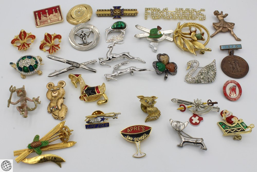 29Pcs Costume Jewelry VINTAGE PINS Brooches Gazelle