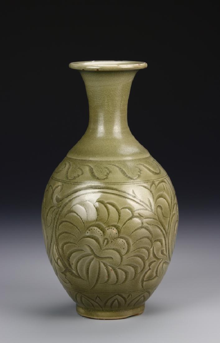 Chinese Yaozhou Yao Vase