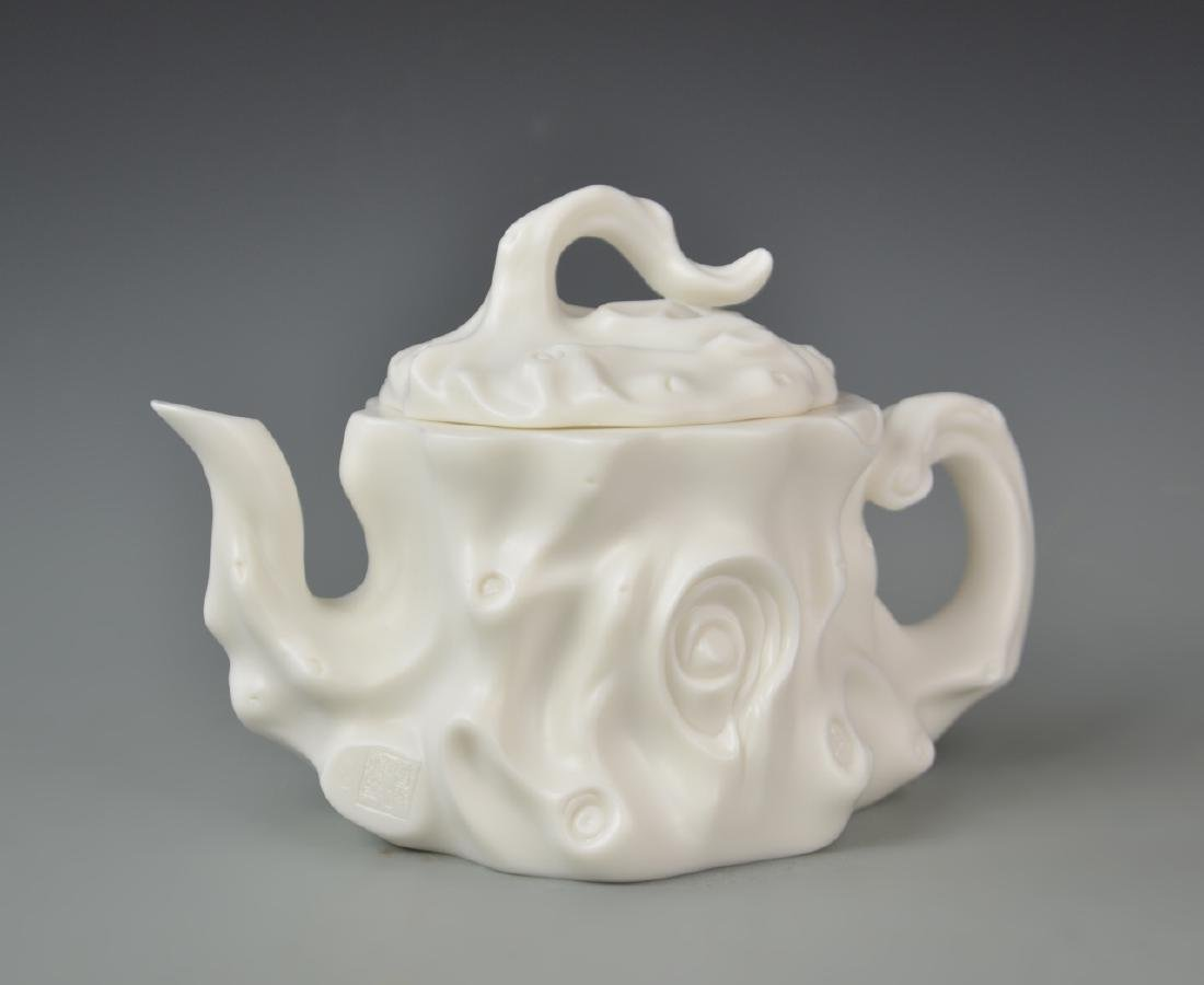 Chinese Blanc de Chine Teapot - 2