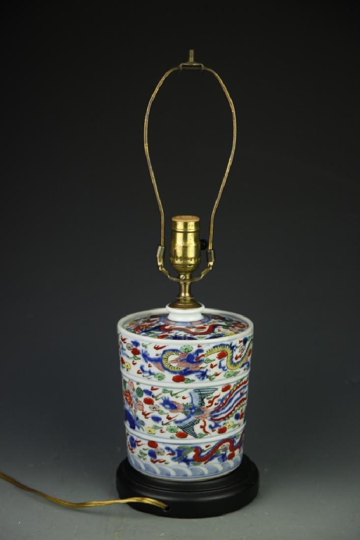 Pair Of Chinese Wucai Lamps - 3