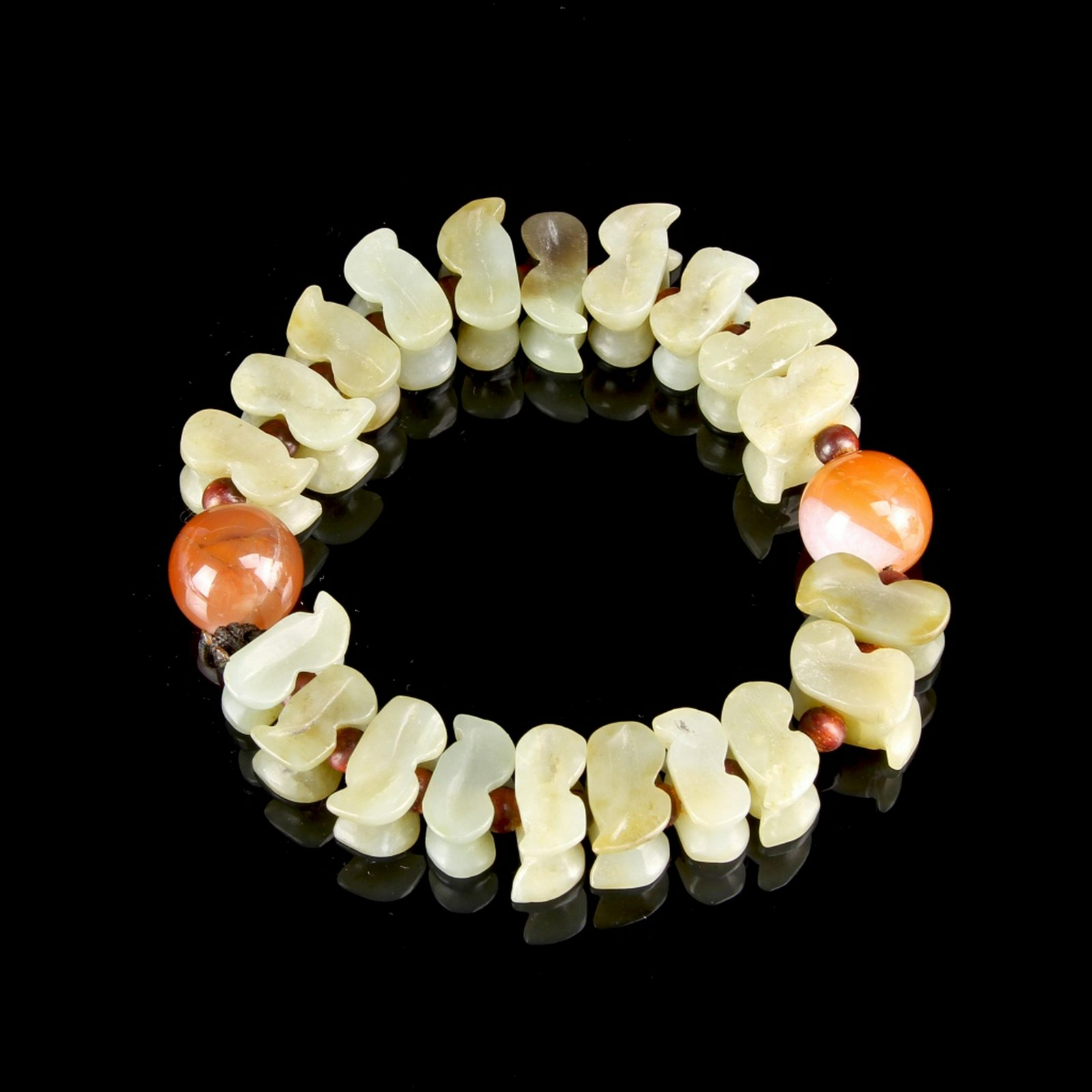 Chinese Jade and Agate Bracelet