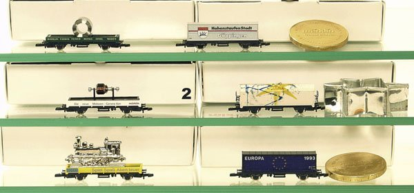 2: 6 MÄRKLIN Mini-Club Güterwagen Spur Z