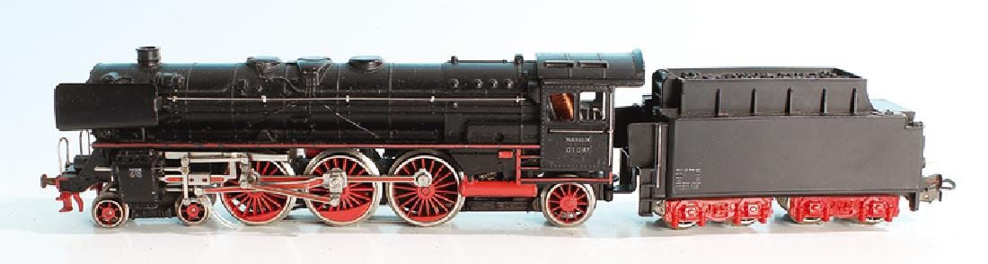 MARKLIN Dampflok F 800.3