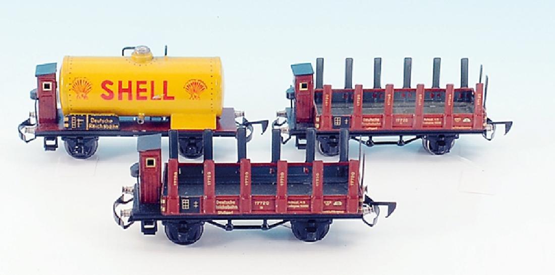 3 MARKLIN Gueterwagen mit automatischen Kupplungen
