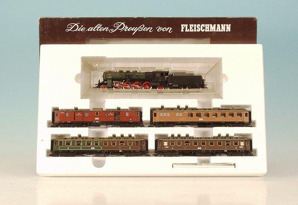 2: FLEISCHMANN Zugpackung 1885