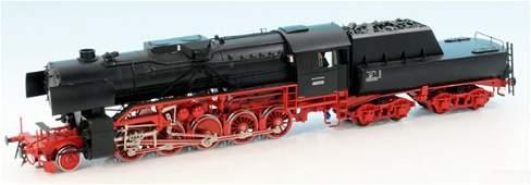 SPRING Dampflok BR 42 002 der DR (Kriegslok)