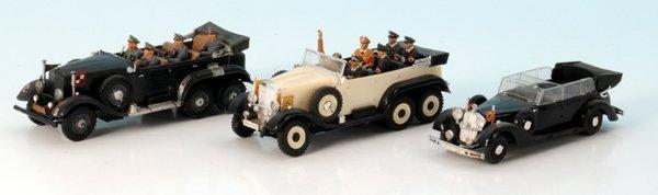 3 Plastik Militärfahrzeuge