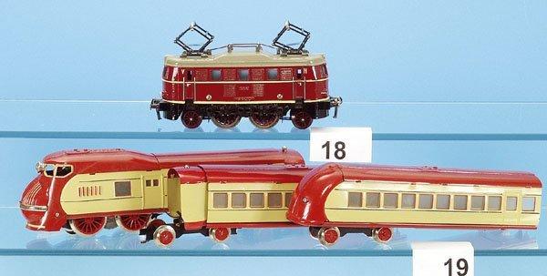 19: 1 PAYA Triebwagenzug, 3-teilig