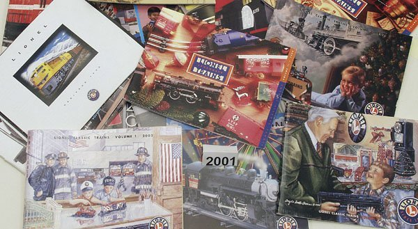 2001: 22 LIONEL Kataloge von 1996 bis 2002