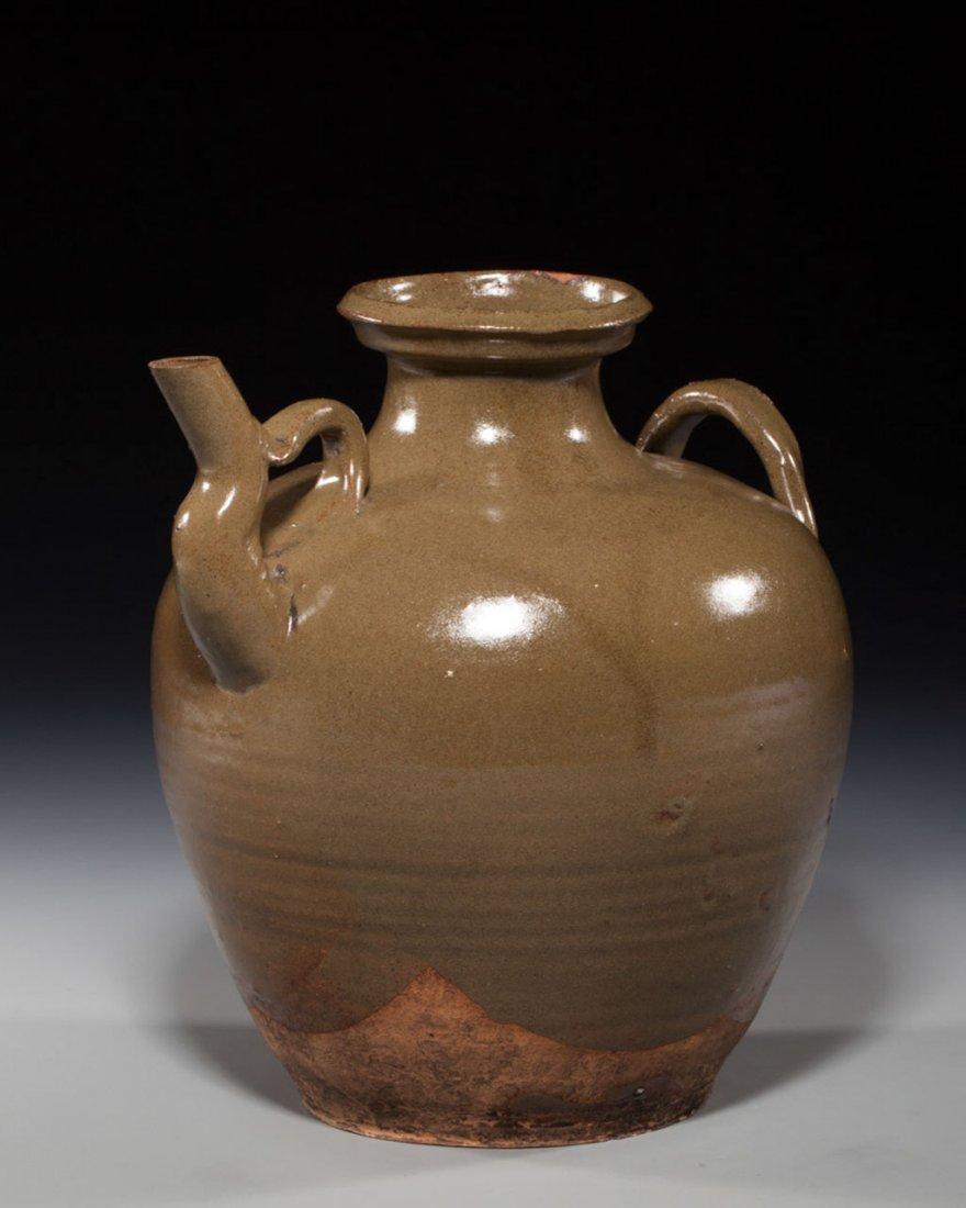 A Chinese Green-Glazed Porcelain Bottle