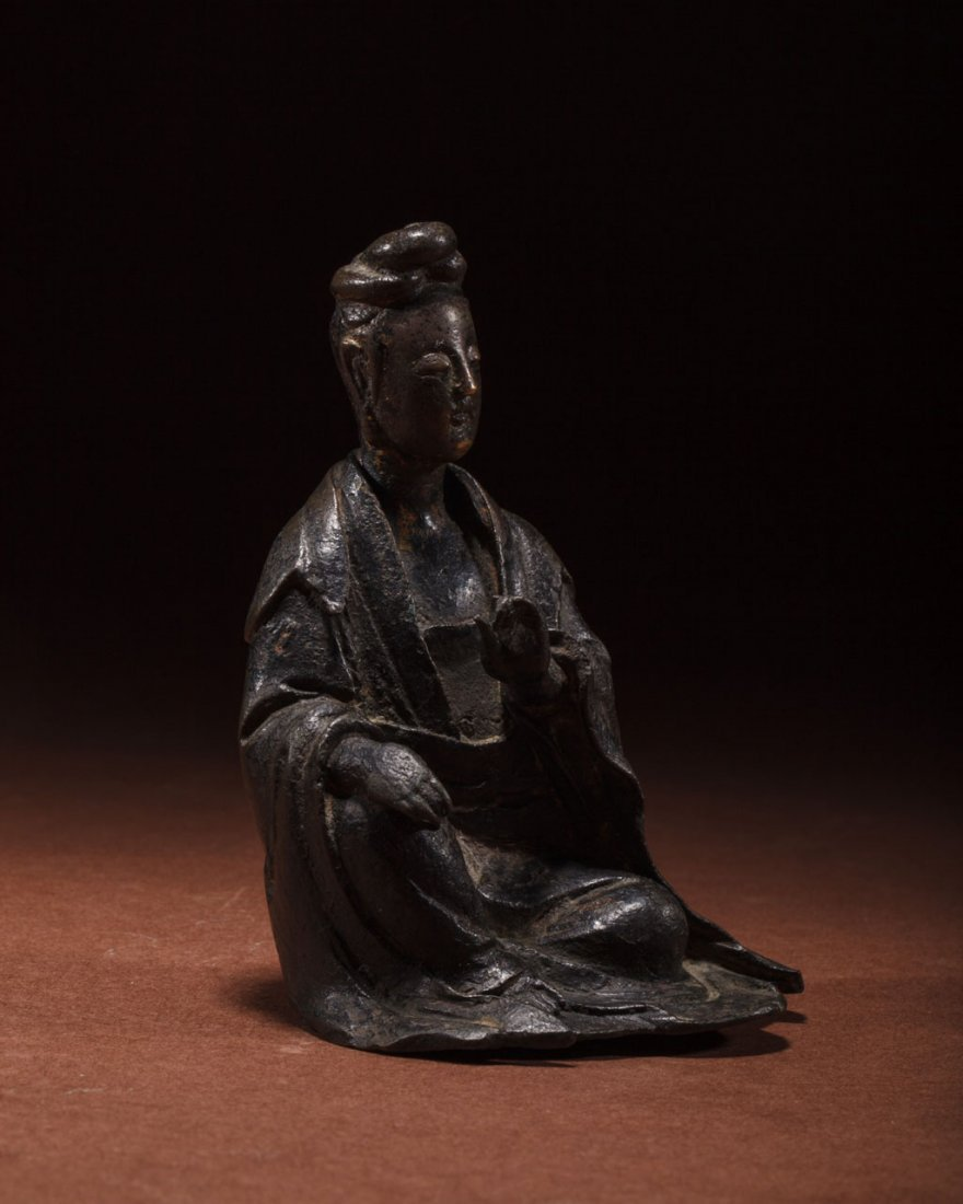 A Chinese Bronze Figure of Guanyin - 3