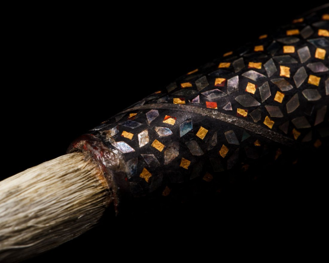 A Japanese Mother-of-Pearl-Inlaid Lacquer Brush - 5
