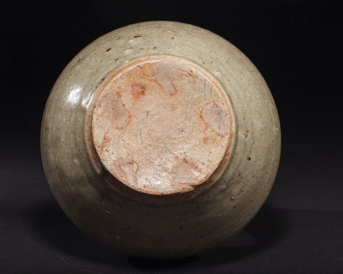 A Chinese Green-Glazed Stoneware Ewer - 4