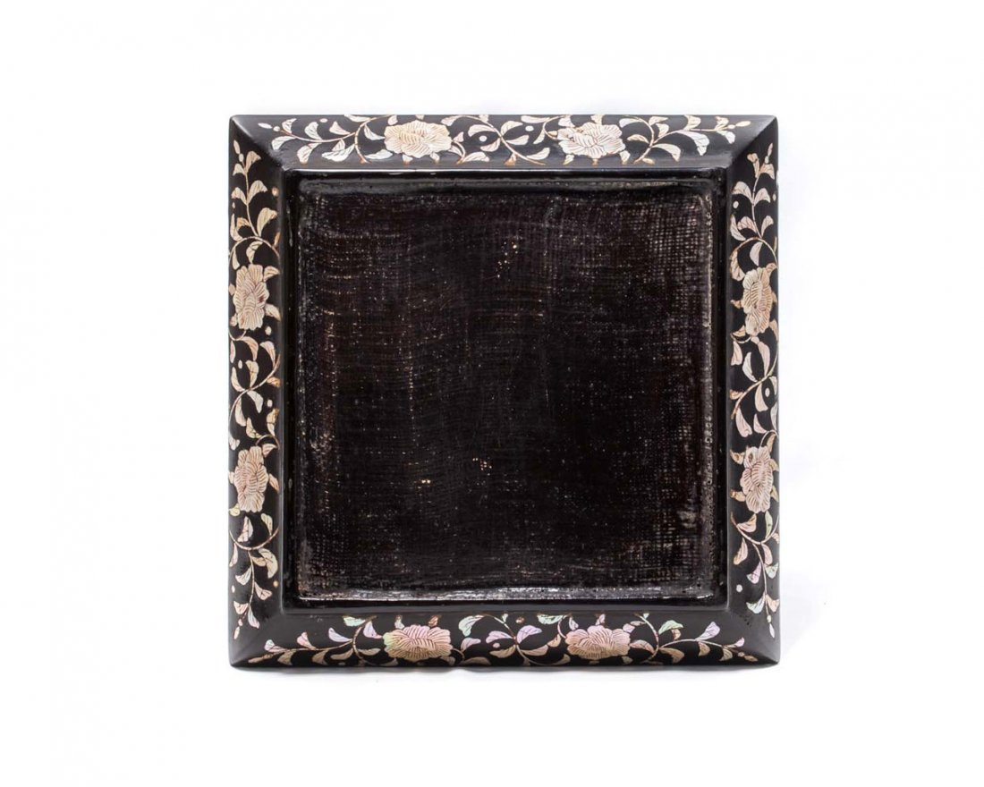A Chinese Mother-of-Pearl-Inlaid Lacquer Dish - 3