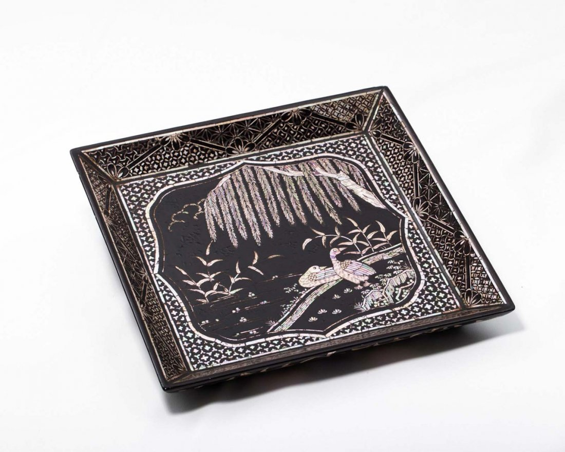 A Chinese Mother-of-Pearl-Inlaid Lacquer Dish - 4