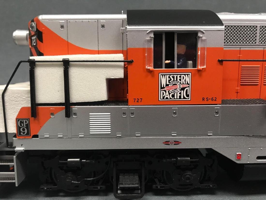 Atlas and Williams O Scale Diesel locomotives - 4
