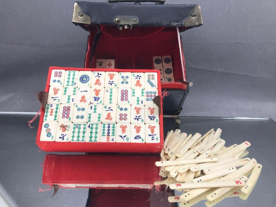 Vintage Chinese Mahjong game in original box
