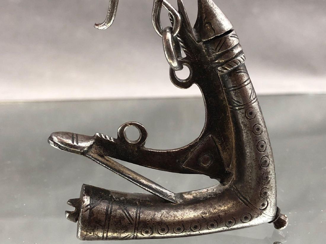 Persian Black Powder Horn, 18th or 19th C. - 5
