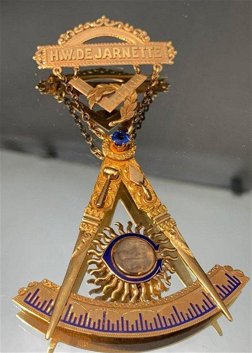 14k 1915 Masonic Past Master Badge - Aug 25, 2019 | Clark's