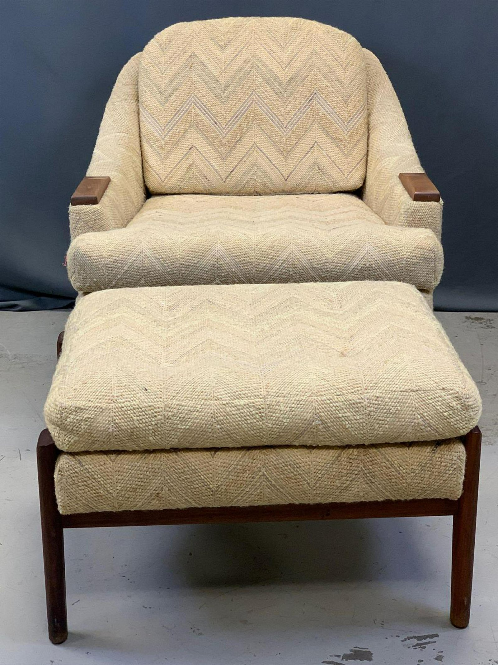 Awesome American Mid Century Modern Lounge Chair Ottoman Gmtry Best Dining Table And Chair Ideas Images Gmtryco