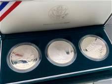 3 1994 US Veterans Commemorative Silver Dollars