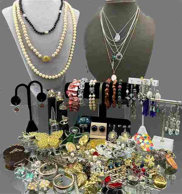 Large 124 Piece Costume Jewelry Lot