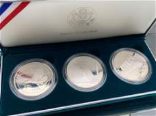 1994 US Veterans Commemorative Silver Dollars