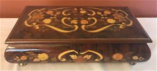 Fine Italian marquetry jewelry box with floral inlay,