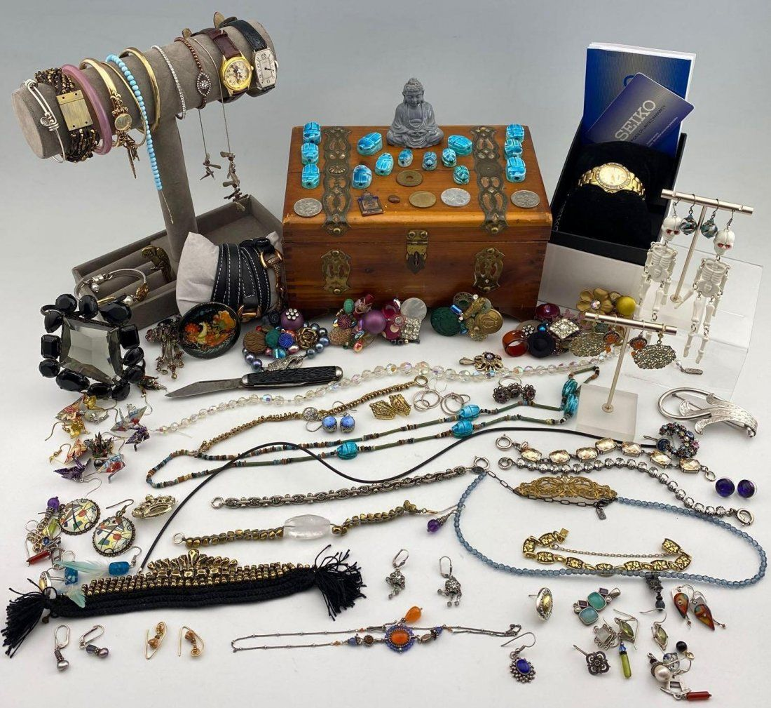 Large Costume Jewelry lot of necklaces, bracelets, Earr