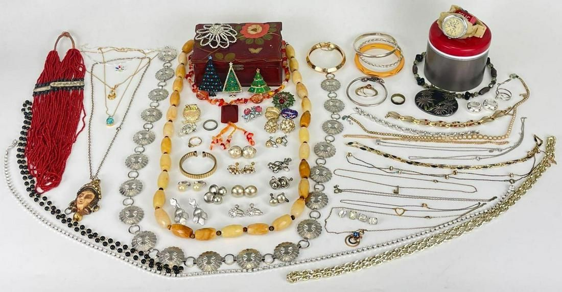 40 Plus Pieces Costume Jewelry Lot
